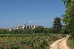 Blick auf Dorf in Kroatien