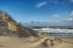 Dünenausläufer bei stürmischer Nordsee